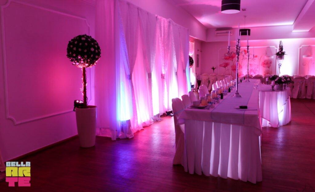 dekoracja swiatlem wesele